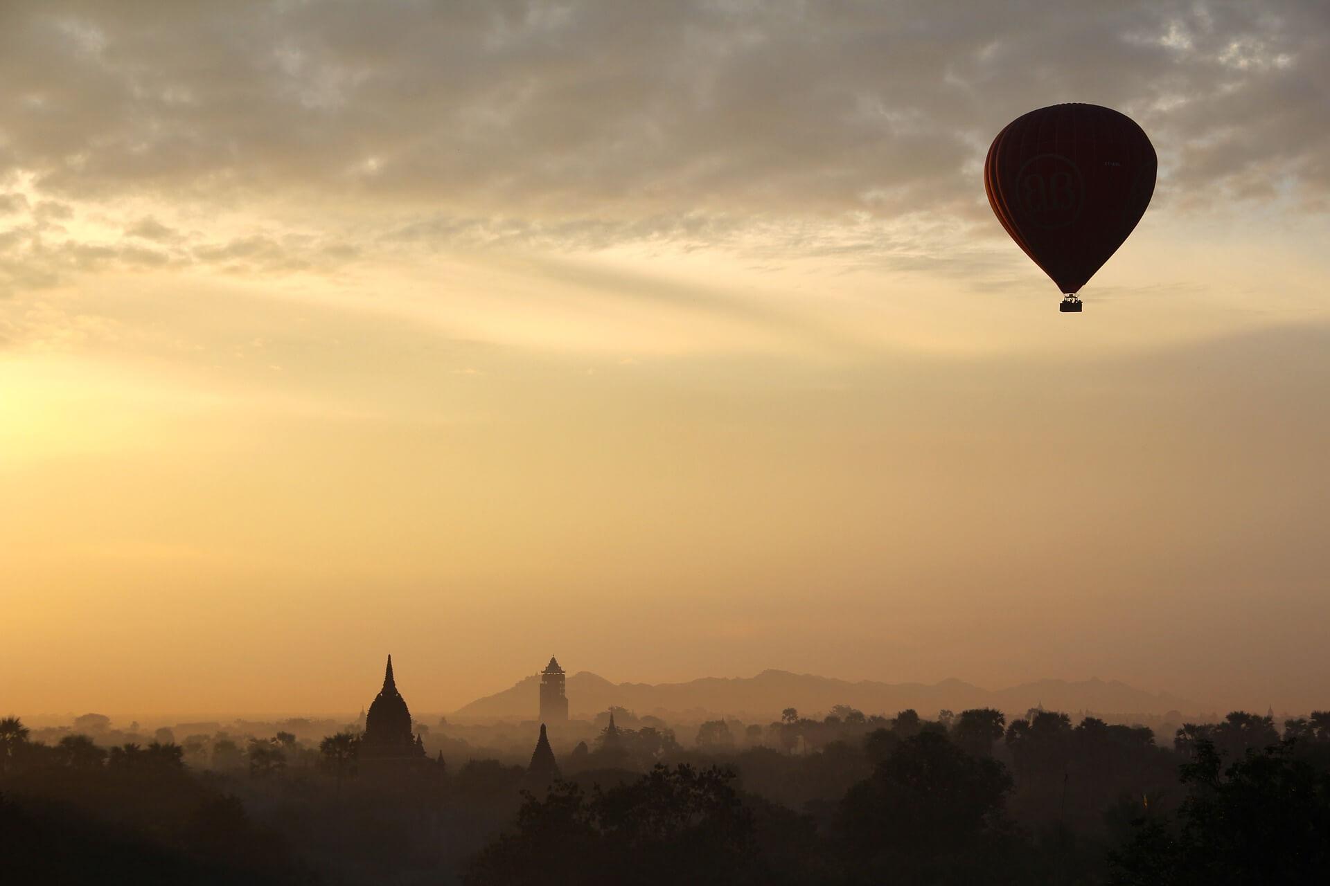 hot air balloon ride 1029303 1920